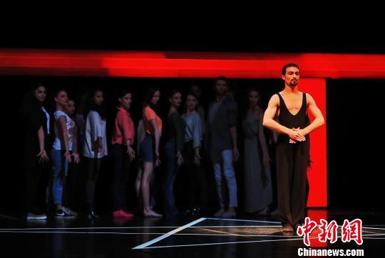 瑞士洛桑贝嘉芭蕾舞团《魔笛》来沪献演