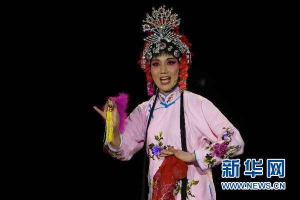 波兰皇家瓦津基博物馆国王剧院上演中国非遗曲目