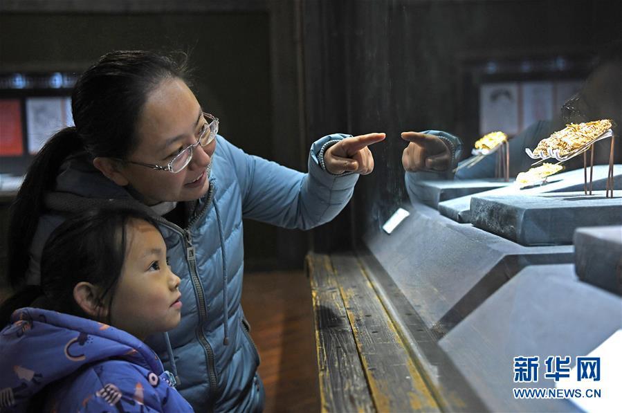 (文化)(1)江西省博物馆推出明代王妃首饰展
