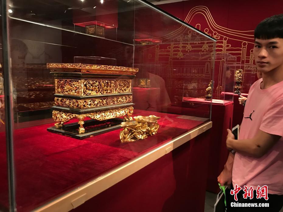 百余件明清时期潮州金漆木雕亮相广州