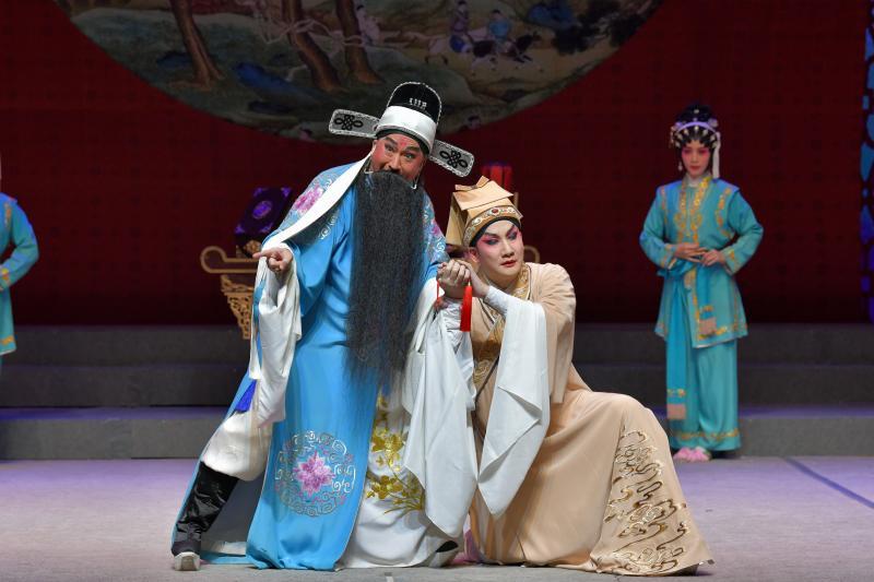 新编古装粤剧《珠水琴心》在穗首演,关注民间艺术家
